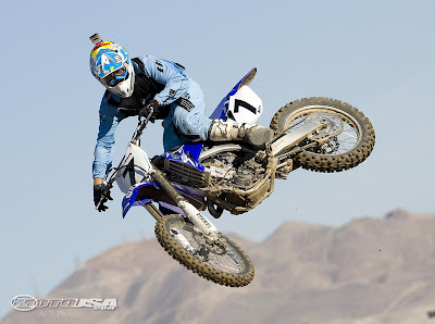 2009 New  Yamaha Dirtbikes YZ450F Reviews and Specification