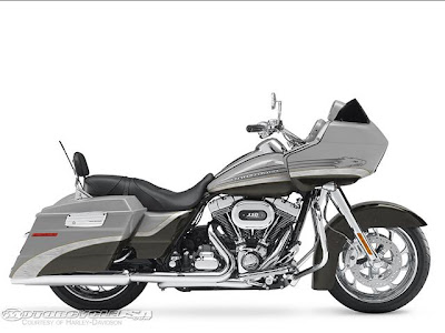 The CVO Road Glide 2009 2010  Reviews and Specification