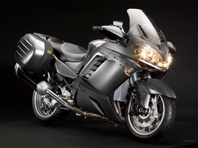 2010 Kawasaki 1400 GTR Best Pictures