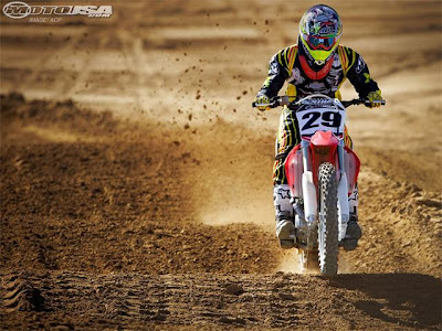 The Honda CRF450R sports a few updates for 2010.