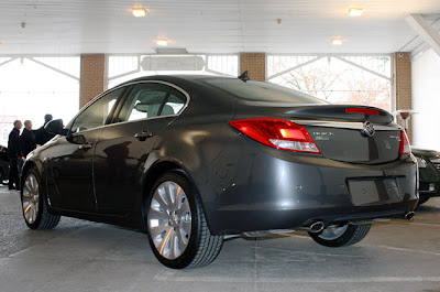 2011 Buick Regal – Click above for high-res image gallery