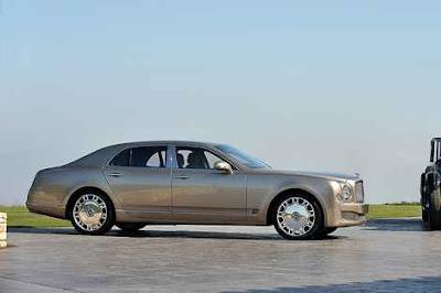 2011 Bentley Mulsanne:Starting MSRP $285,000