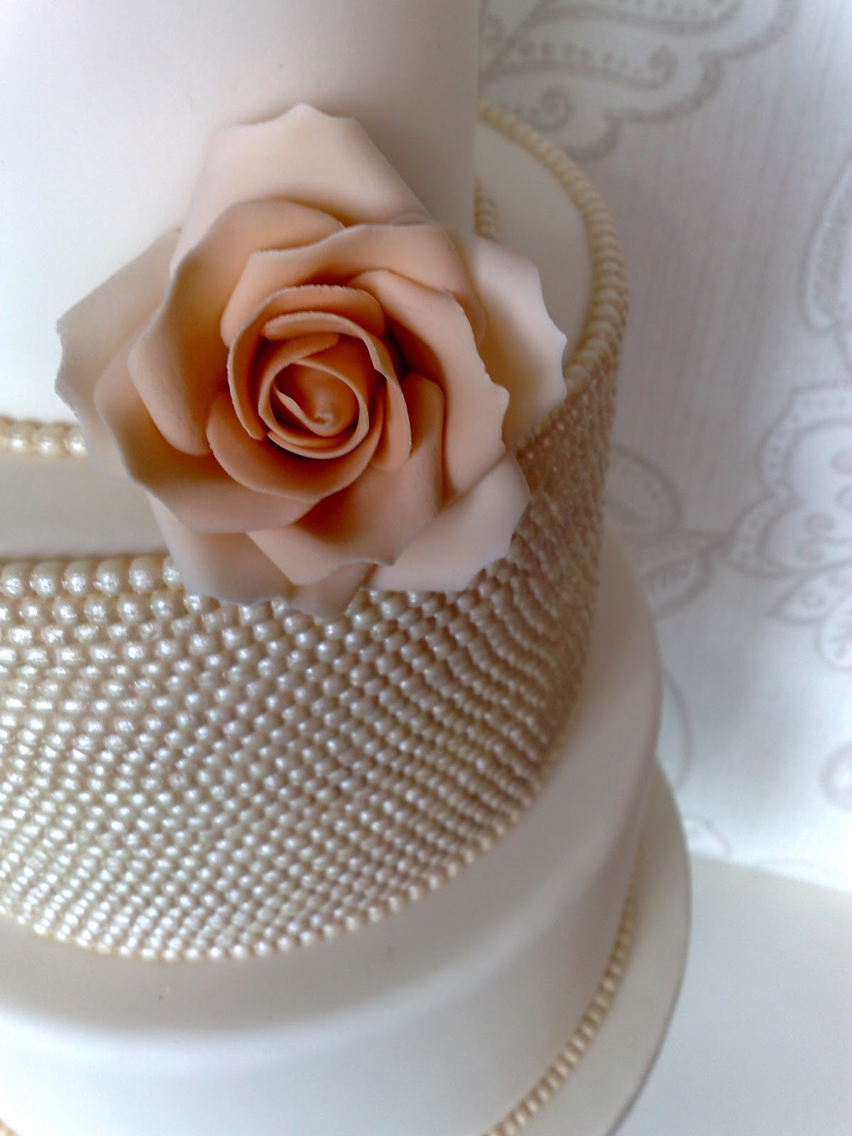 roses and pearls - photo #41