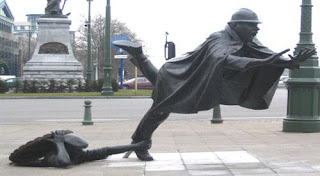 interesting statue For ever