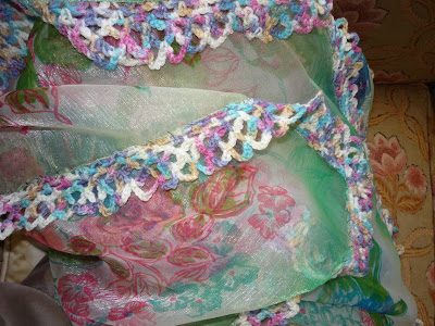 Crocheting Nicknames : 21centurydressmakers: Pretty Scarf with a Crocheted Edging