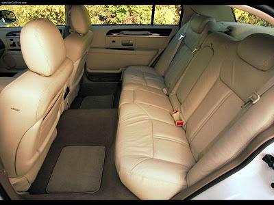 2003 Lincoln Town Car. 2003 Lincoln Town Car Cartier
