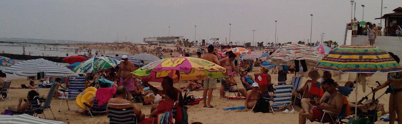 Capit nl o una sombrilla en la playa - Bolsa nevera ikea ...
