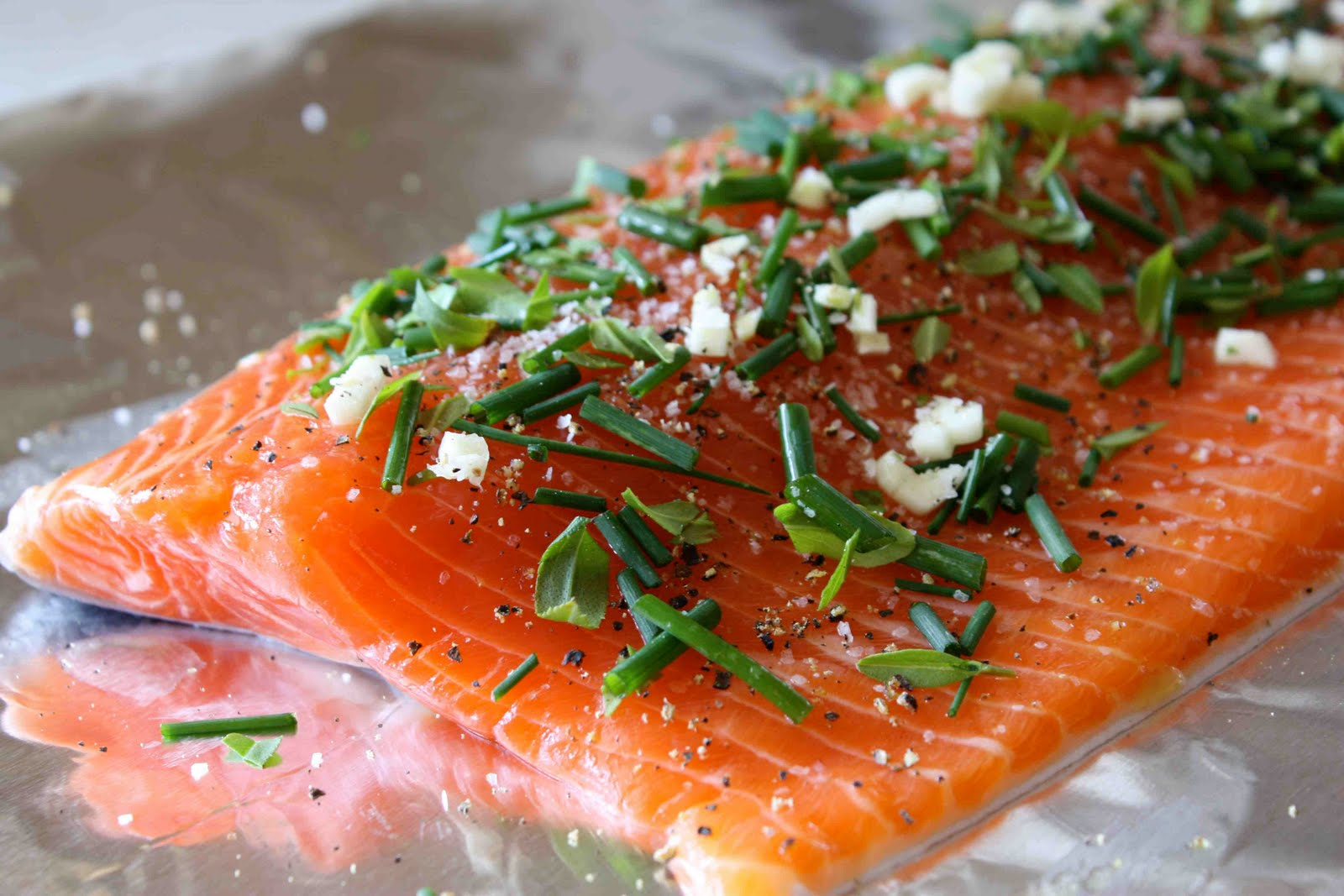 Barbecued Salmon in Foil with Tarragon, Chives & Vermouth Recipe ...