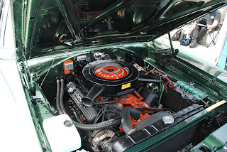 Plymouth Cuda 383 Motor