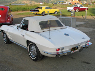 Chevrolet Corvette Stingray Convertible 1964