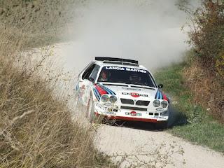 Lancia Delta S4 tierra