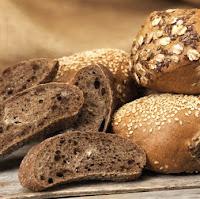 iStock 000007919645XSmall - Kahvaltınız İçin Ekmek Getirdim