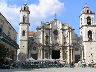 http://1.bp.blogspot.com/_nlZClZ6rCFI/TNOejWV-ZJI/AAAAAAAAAPw/RtUPPxwGhlw/s1600/catedral+de+la+habana.jpg