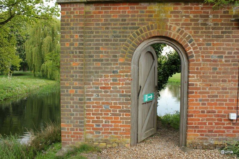 Mysterious door & Di-Atomist\u0027s Diary: Mysterious door