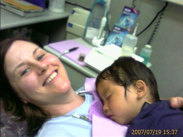 [dentist]