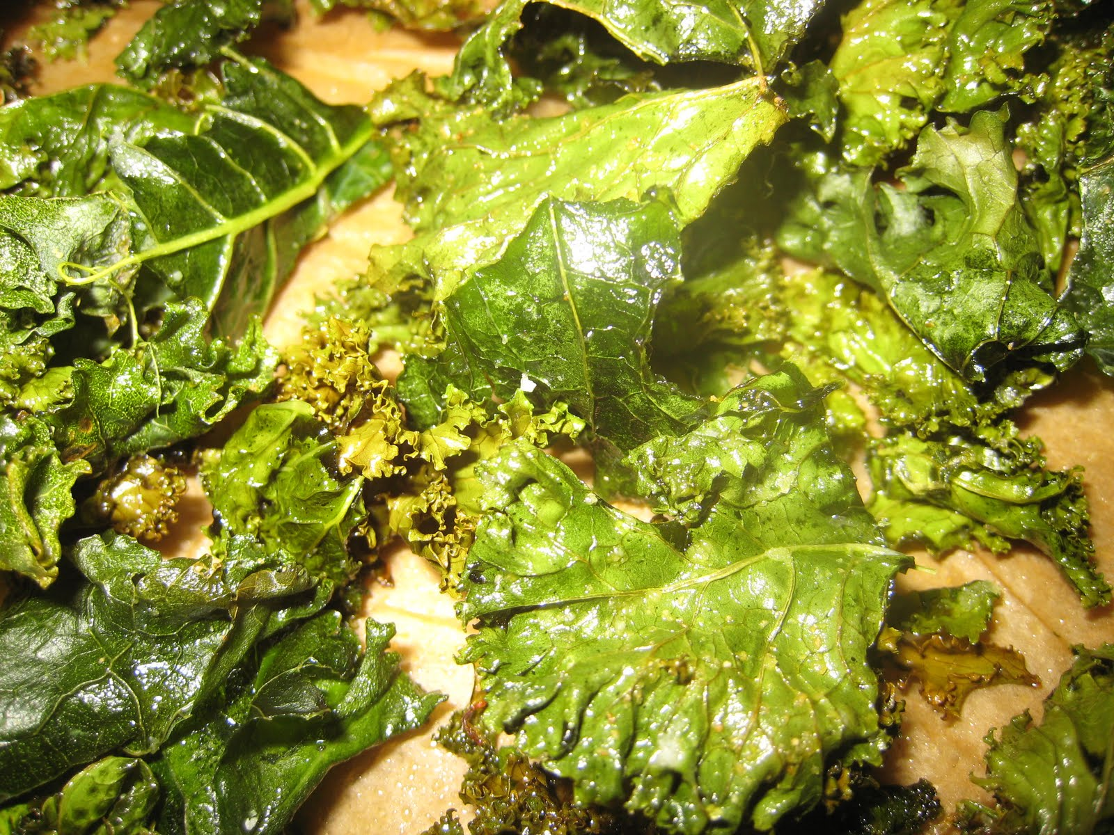 Karey's Kitchen: Baked Kale Chips