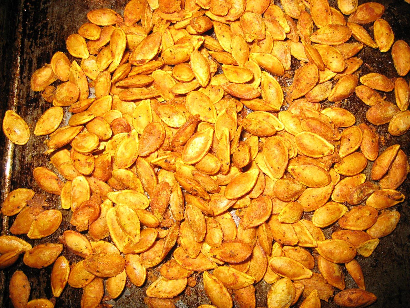Karey's Kitchen: Roasted Squash Seeds