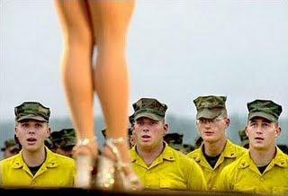 Soldados distraidos