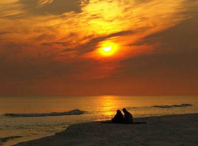 Amantes en la playa