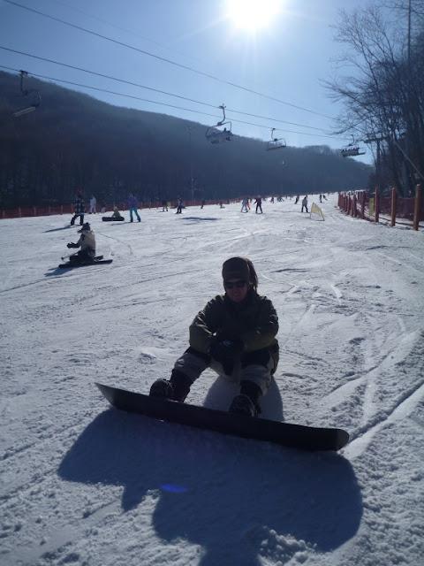 snowboard sit