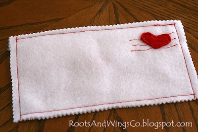 RootsAndWingsCo: Day 4 Valentine Count Down-Love Letter Felt envelope tutorial