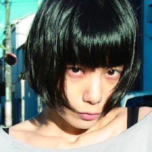 http://1.bp.blogspot.com/_nrXF6Qua_wY/TIwYtGQeZ6I/AAAAAAAABKM/E-fr-NLqEsc/s320/Midori_-_shinsekai.jpg