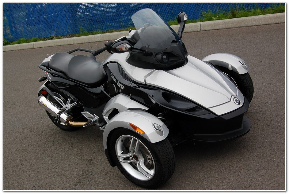 Trikes bikes for sale motorcyle trike conversions html for Motor trikes for sale uk