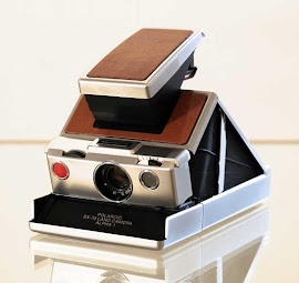 J&#39;ADORE: POLAROID SX-70 LAND CAMERA