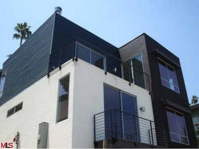 2533 Ivan Hill Terrace