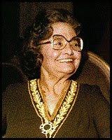 Rachel de Queiroz -  Primeira mulher a ingressar na Academia Brasileira de Letras 1910 / 2003
