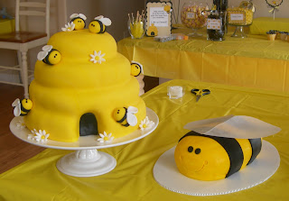 The Beehive Was 4 Layers Of Vanilla Cake Iced In Buttercream Covered With Yellow Fondant And Decorated Bumble Bees Flowers