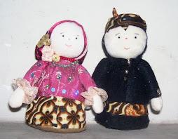 A11. Boneka Pengantin Jawa