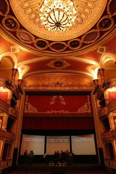 Cultura de sevilla cartelera teatral para este fin de semana for Teatro en sevilla este fin de semana
