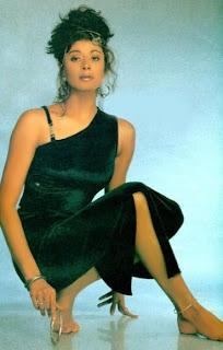 Sexy in black - Pooja Batra