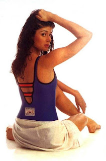 Pooja Batra in Supersexy swimsuit