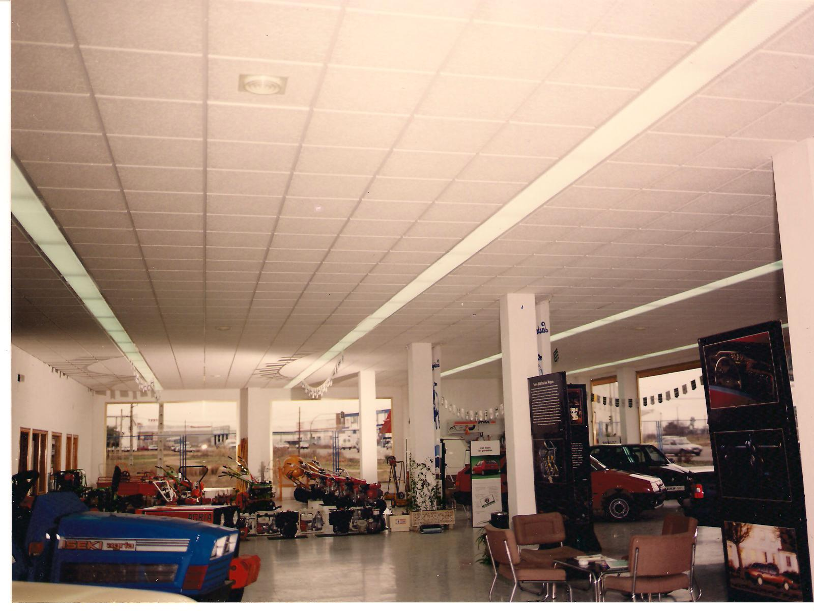 Incopac 90 falsos techos desmontables y continuos for Falso techo decorativo en escayola