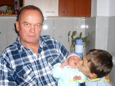 bunicul şi nepoţii, la Alba Iulia, în data de 1 octombrie 2008