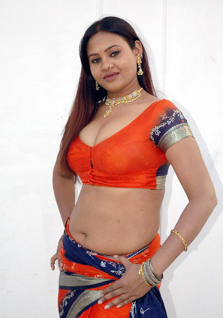 Actress Swapna Navel show Photos