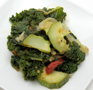 recipe for zucchini, tomato, and kale saute
