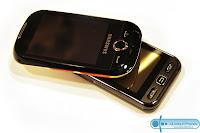 http://1.bp.blogspot.com/_o0waB9O2cUg/S1mDVIo5P3I/AAAAAAAAAHM/J6tBj2WirtU/s320/Samsung-S3650-Corby-vs-Samsung-Star.jpg