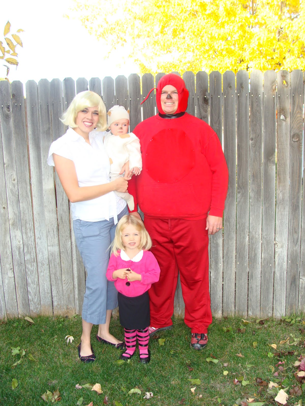 007jpg - Clifford The Big Red Dog Halloween Costume