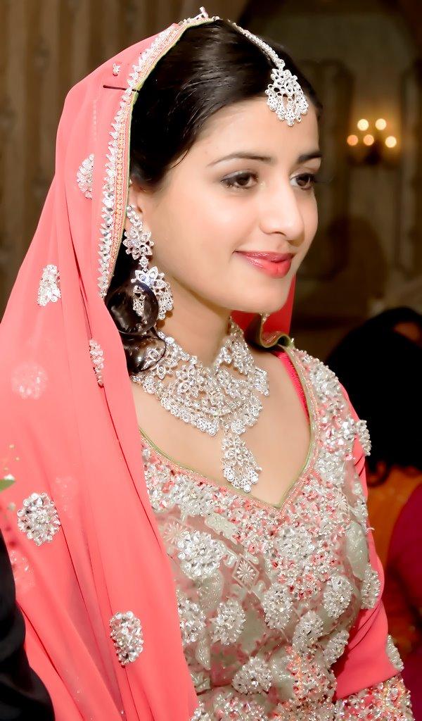 504005769c6a00cef8bbyv0 Pakistani Bridal Dresses