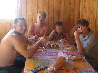 обед в деревне