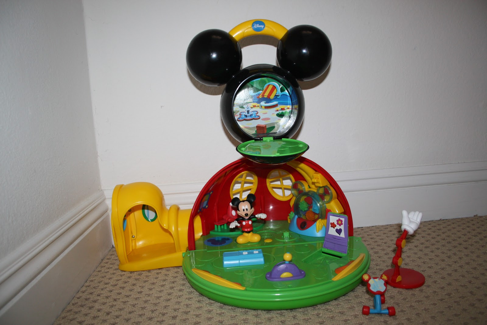 Mickey Mouse Clubhouse : Lights on, Lights Off! (2011, Board Book)