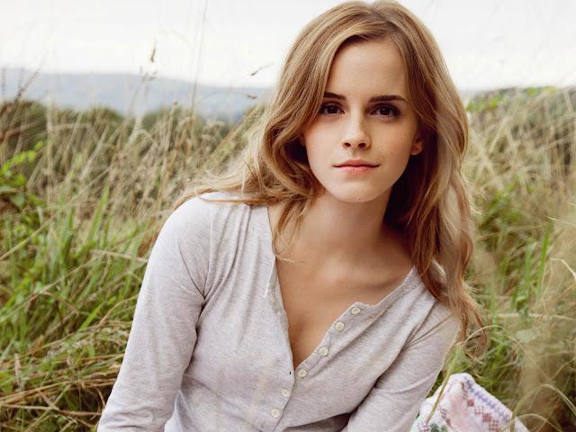 emma watson wallpapers hot. Emma Watson Best Wallpapers