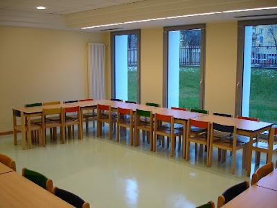 Colori a scuola scuole medie inferiori e superiori interni for Scuola arredatore d interni