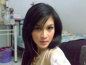 sandra bugil Gadis Cantik Hot
