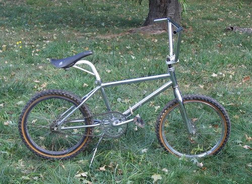 cheap vintage bmx bike with white freestyle tuf neck