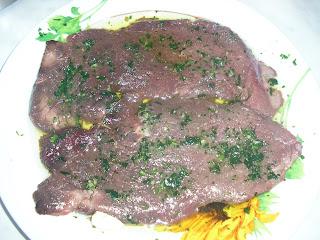 Articole culinare : FETTINE DI CAVALLO AL PREZZEMOLO
