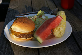 Blog Cheeseburgers with Salad